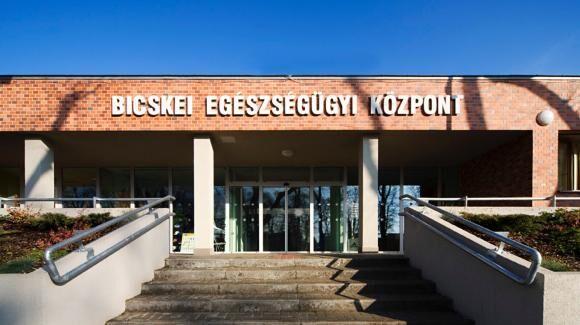Bicskei Egészségügyi Központ, VIV Zrt.